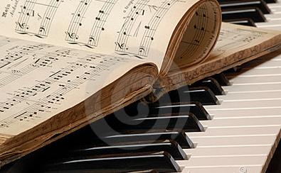 让学习钢琴中的坎儿变成我们的垫脚石